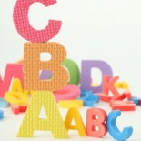 cropped-white-background-puzzles-abc-bricks_3309488.jpg