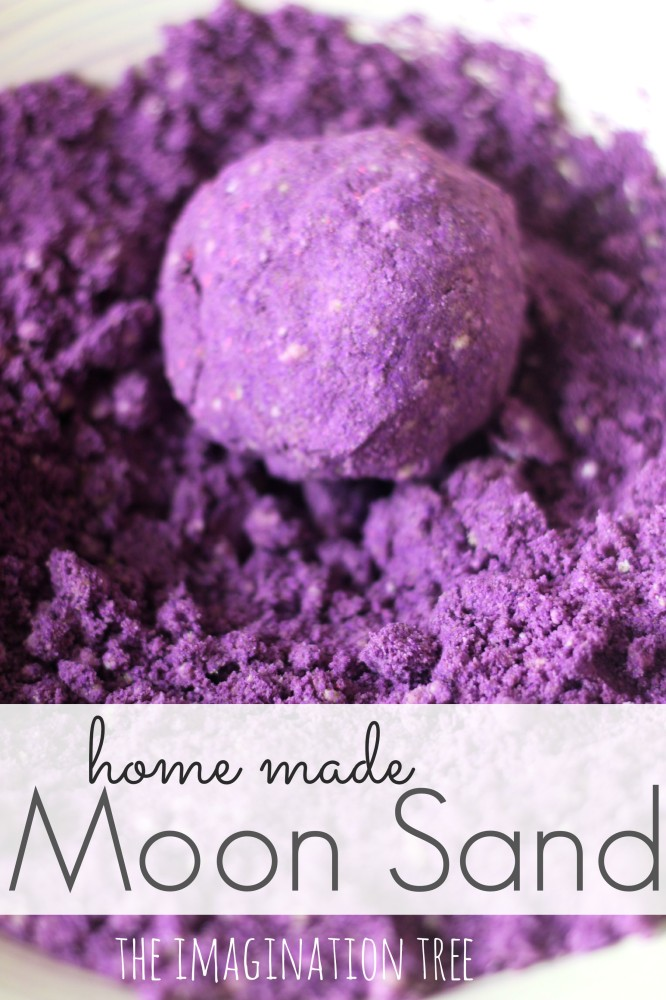 Homemade-Moon-Sand-Recipe-Sensory-Play-666x1000